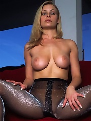 A Sparkler^new Nude City Nylon Pics Picture Free Gallery